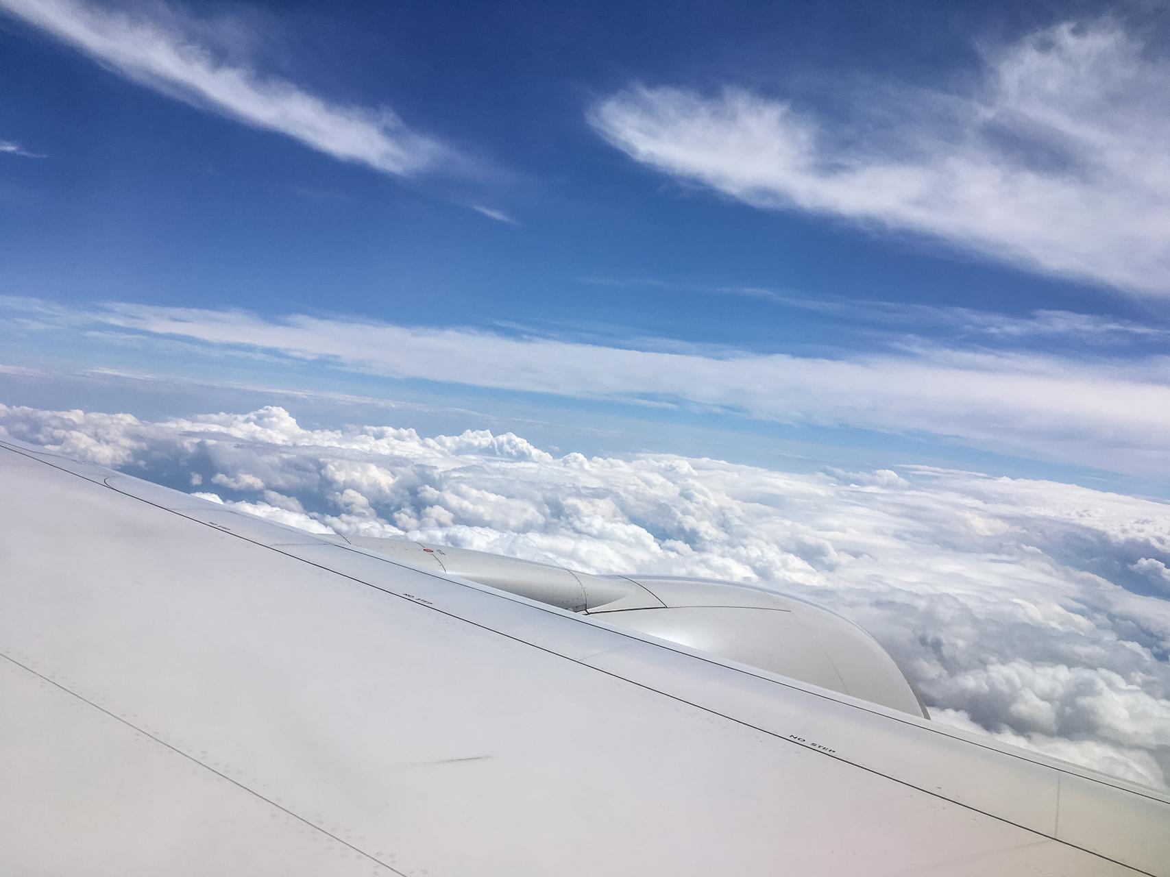 United_Airlines_Wolken_Flora_Jädicke_II