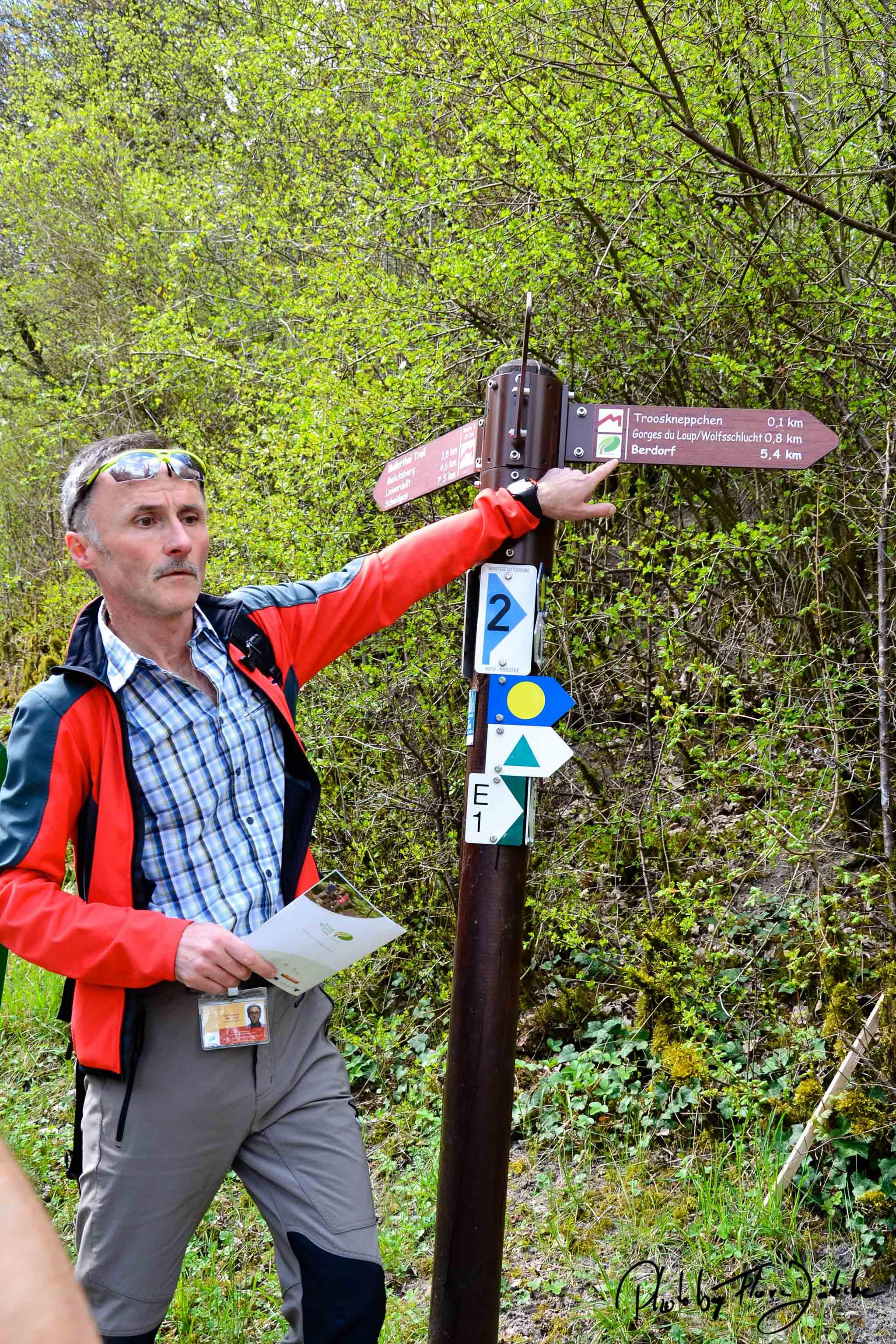 Gian Marco Bartolini kennt die Felsen-Wege wie seine Westentasche. Foto: Flora Jädicke