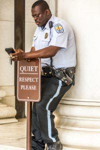 Sicherheits Officer am Lincoln Memorial. Foto: Flora Jädicke