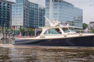 Luxusbote an der Southwest Waterfront auf dem Potomac River. Foto: Flora Jädicke