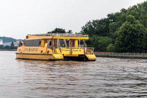 Ein Wassertaxi auf dem Potomac River in Washington DC. Foto: Flora Jädicke