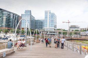 Southwest Waterfront Promenade bei Tag. Foto: Flora Jädicke